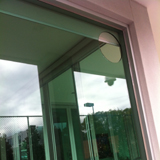 Glazier in Pascoe Vale by Ometek Glass